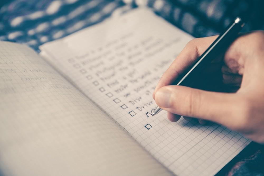 Make a Cleaning Checklist